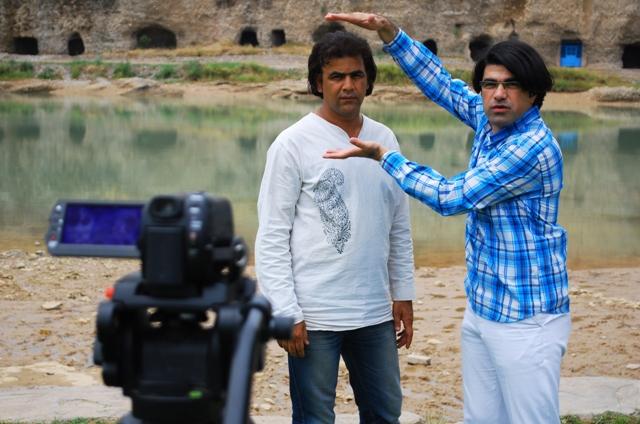 حمید نورآبادی و سید مرتضی سبزقبا در پشت صحنه فیلم گلبری - عکس حجت کایدخورده