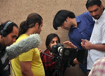 برای اوسید مرتضی سبزقبا، امیر علی ویسی و هادی ساعد محکم پشت صحنه ی فیلم